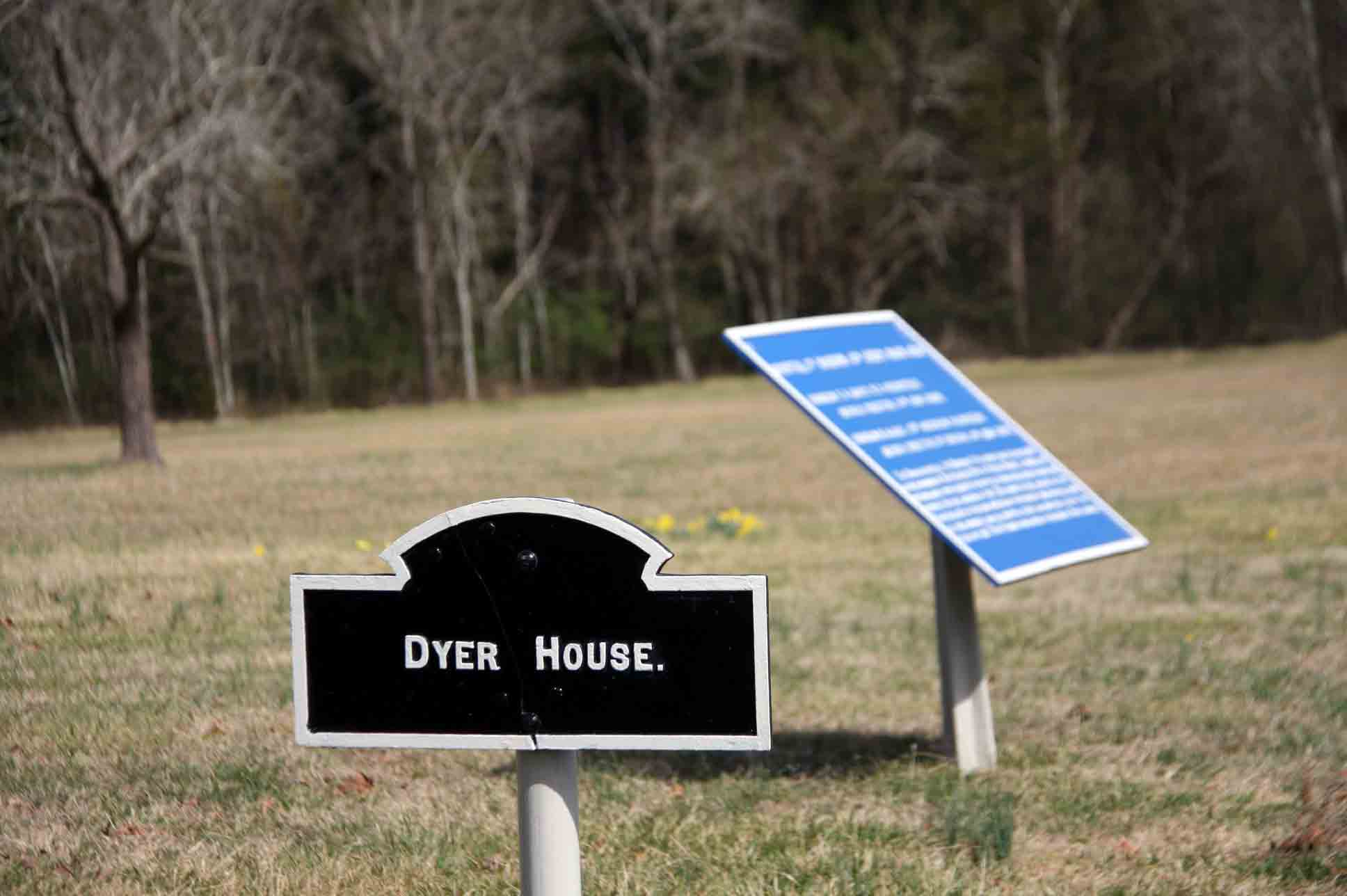 Dyer House Sign, click photo to enlarge.
