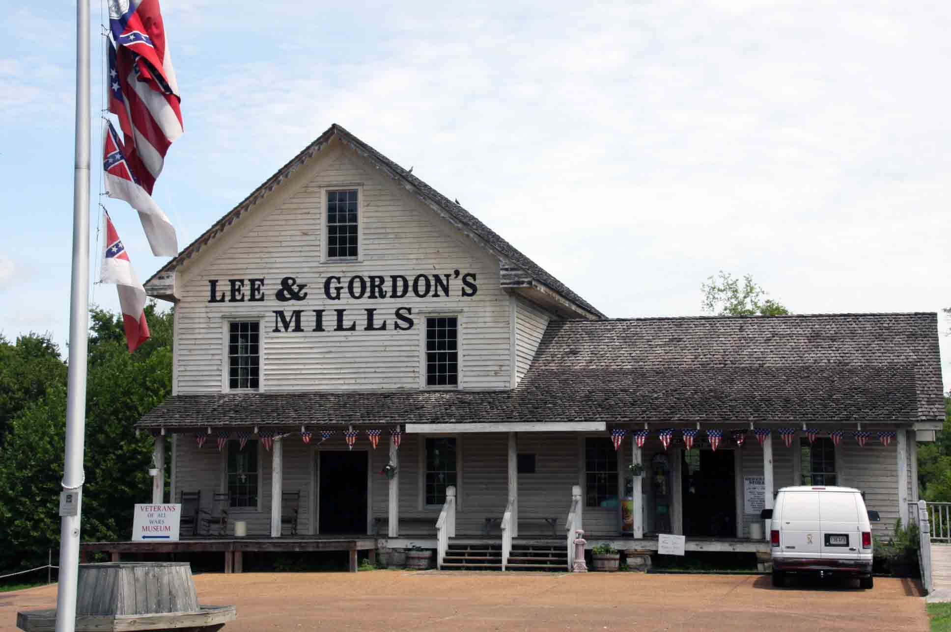 Lee and Gordon's Mill, click photo to enlarge.