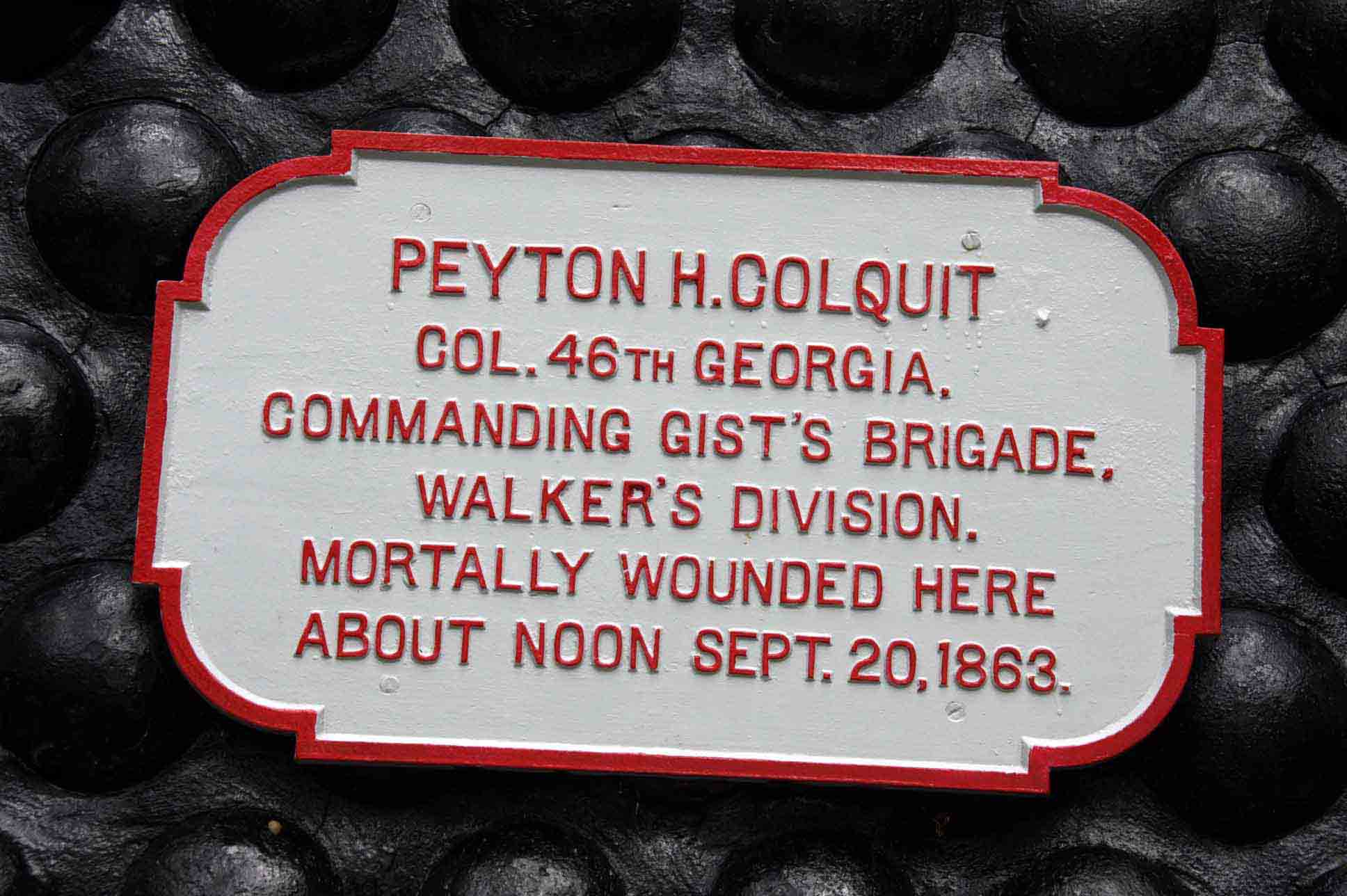 Peyton H. Colquit Memorial Shell Monument, click photo to enlarge.