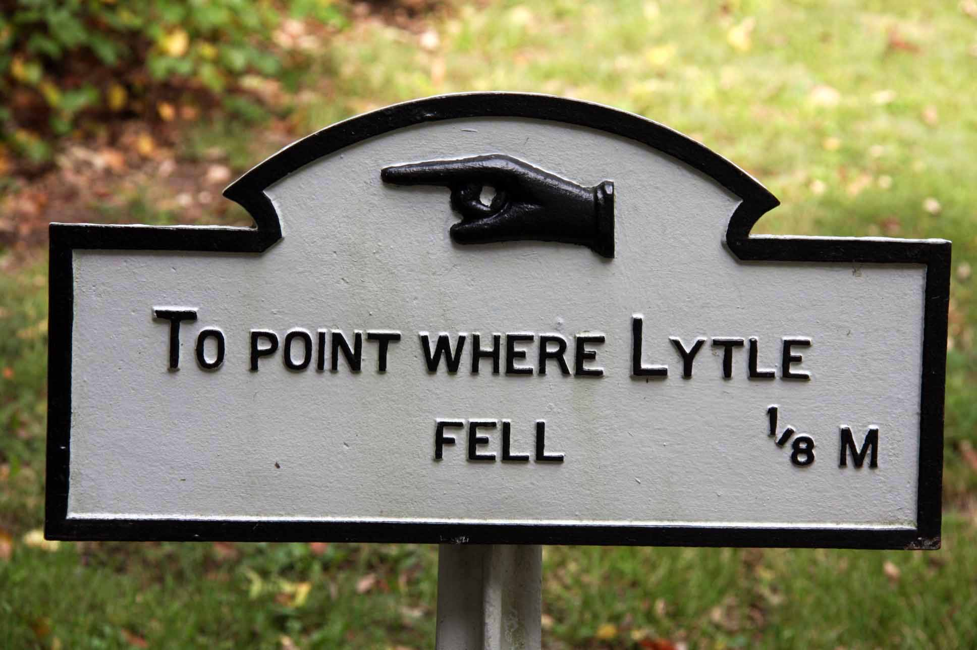 Point where Lytle Fell, click photo to enlarge.
